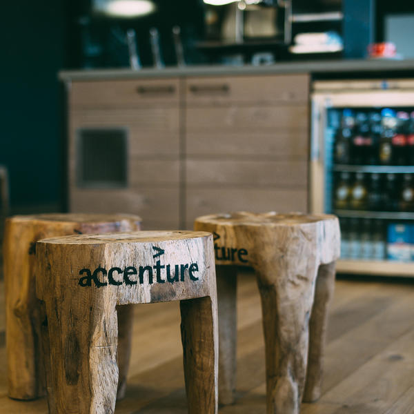 2406_PR_Accenture_CH_8835