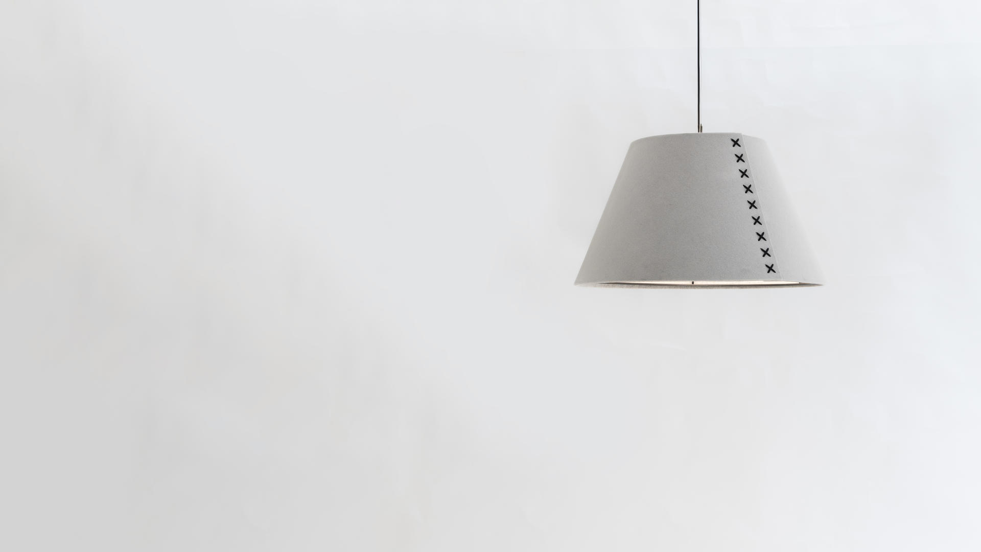 Buzzi & Buzzi Lighting buzzishade pendant, sound-absorbing lighting | buzzispace